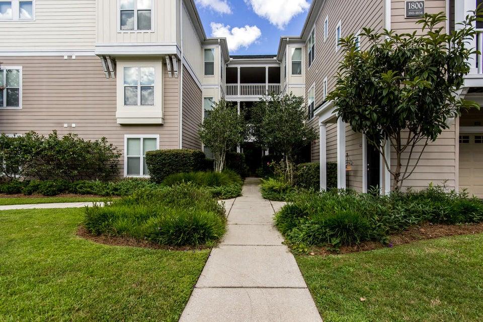1833  Egret Crest Lane Charleston, SC 29414