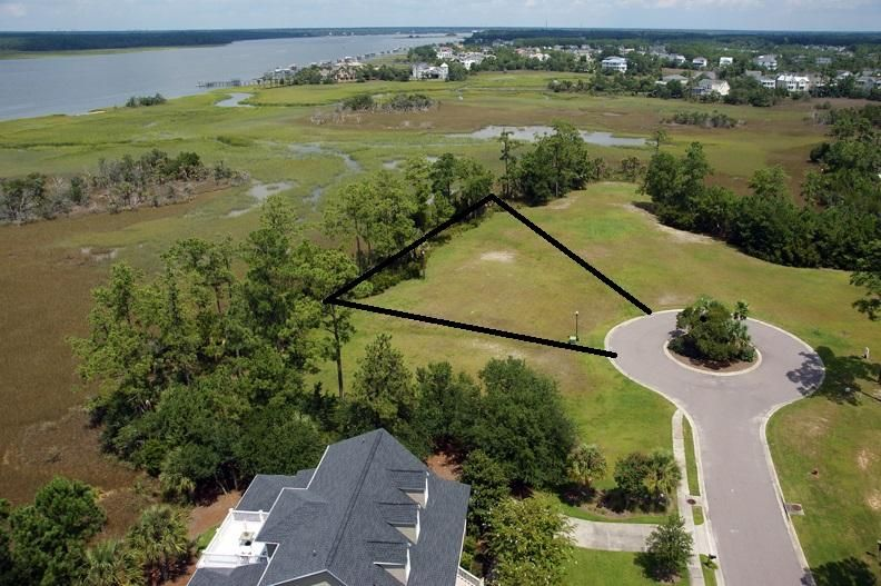 1913  Lone Oak Point Mount Pleasant, SC 29466