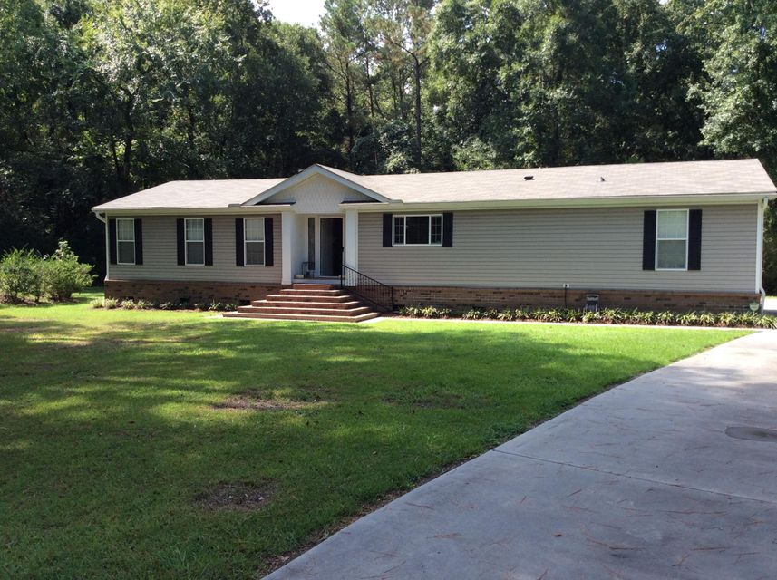 1041  Sandy Run Circle Summerville, SC 29483
