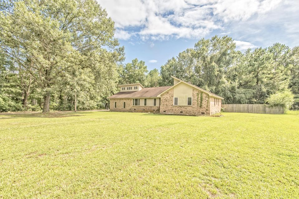 3145  Fickling Hill Road Johns Island, SC 29455
