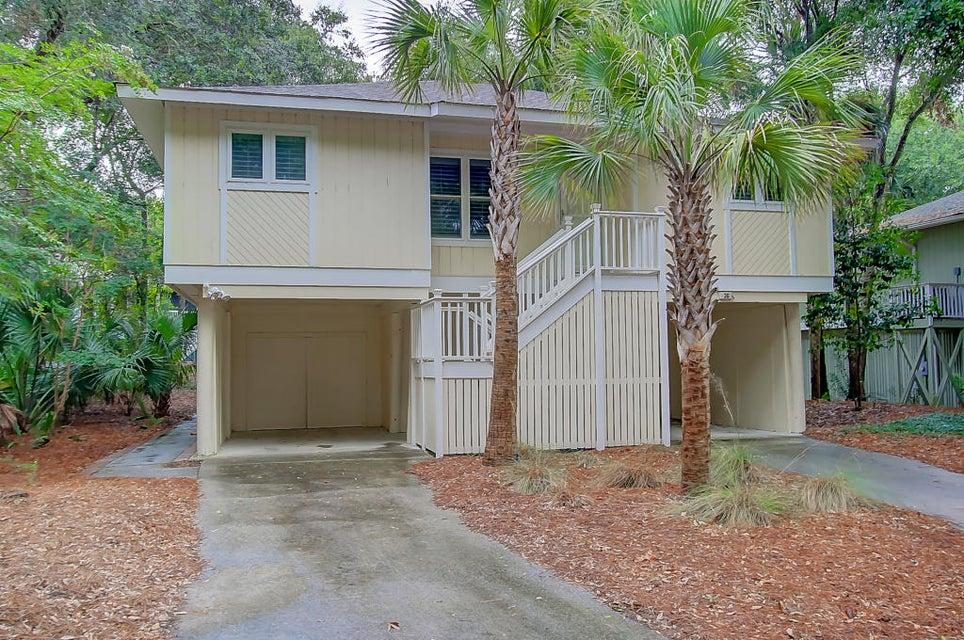 36  Twin Oaks Lane Isle Of Palms, SC 29451