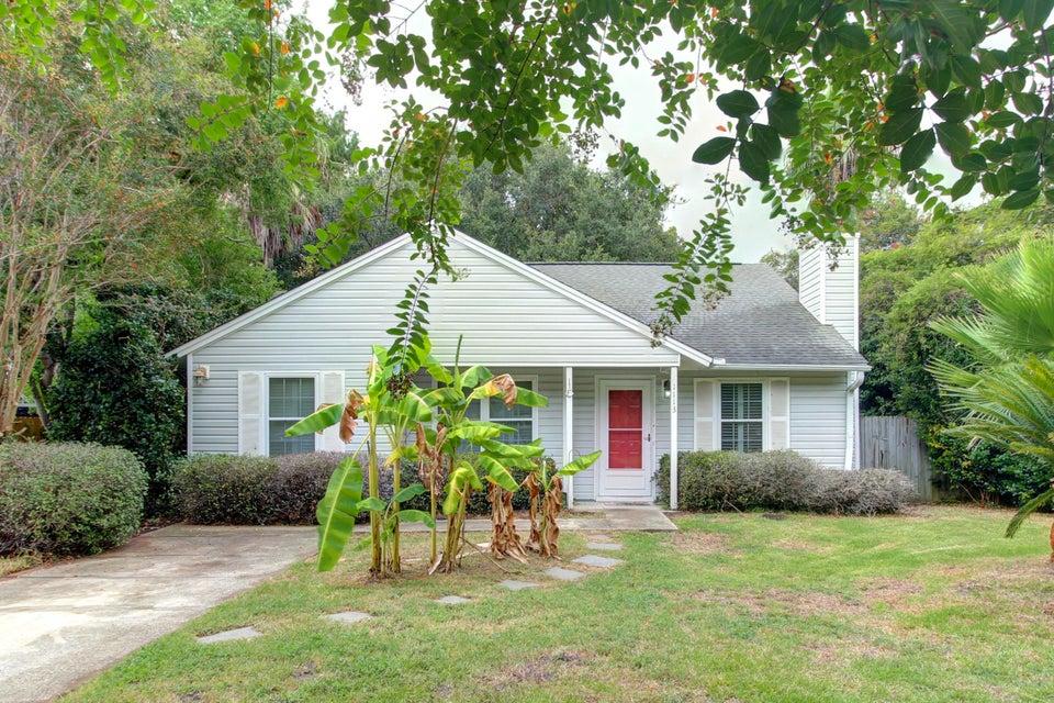 1113  Oakcrest Drive Charleston, SC 29412