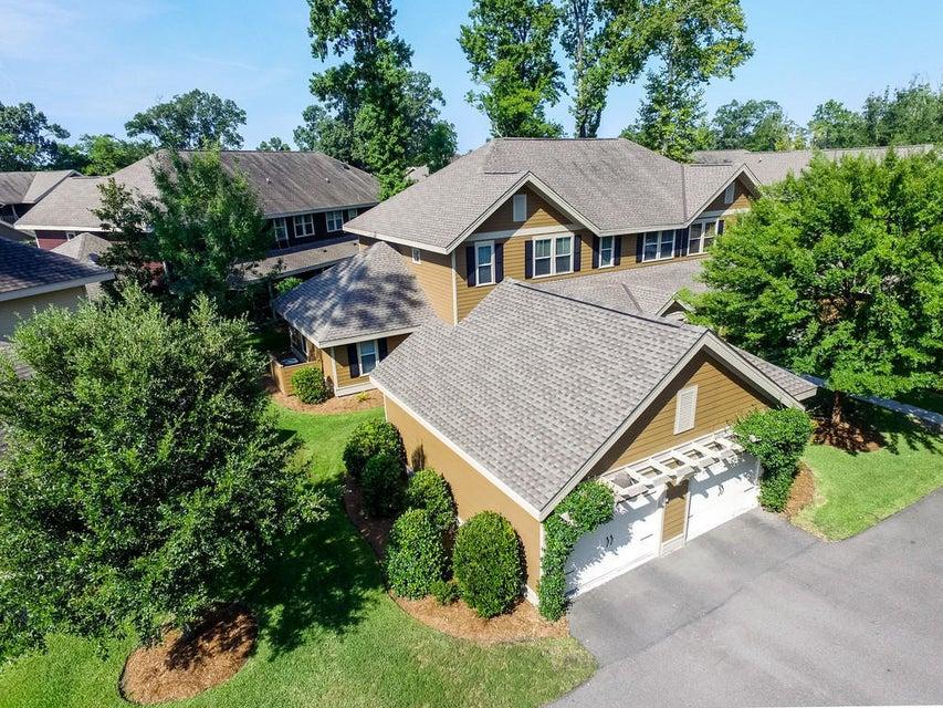 5542 Colonial Chatsworth Circle North Charleston, SC 29418