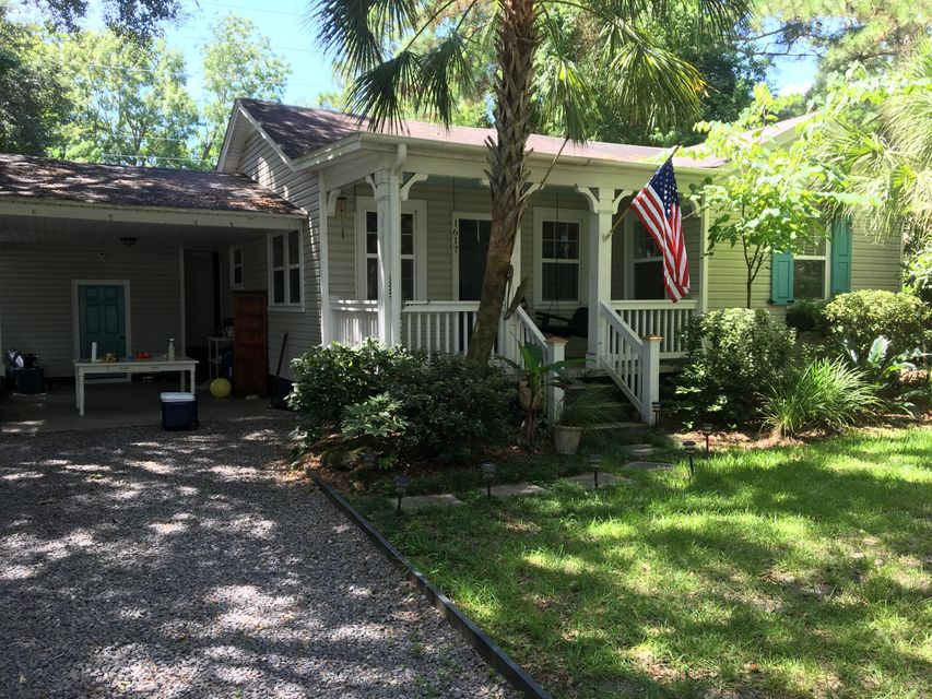1617 Pinckney Park Drive Charleston, SC 29407