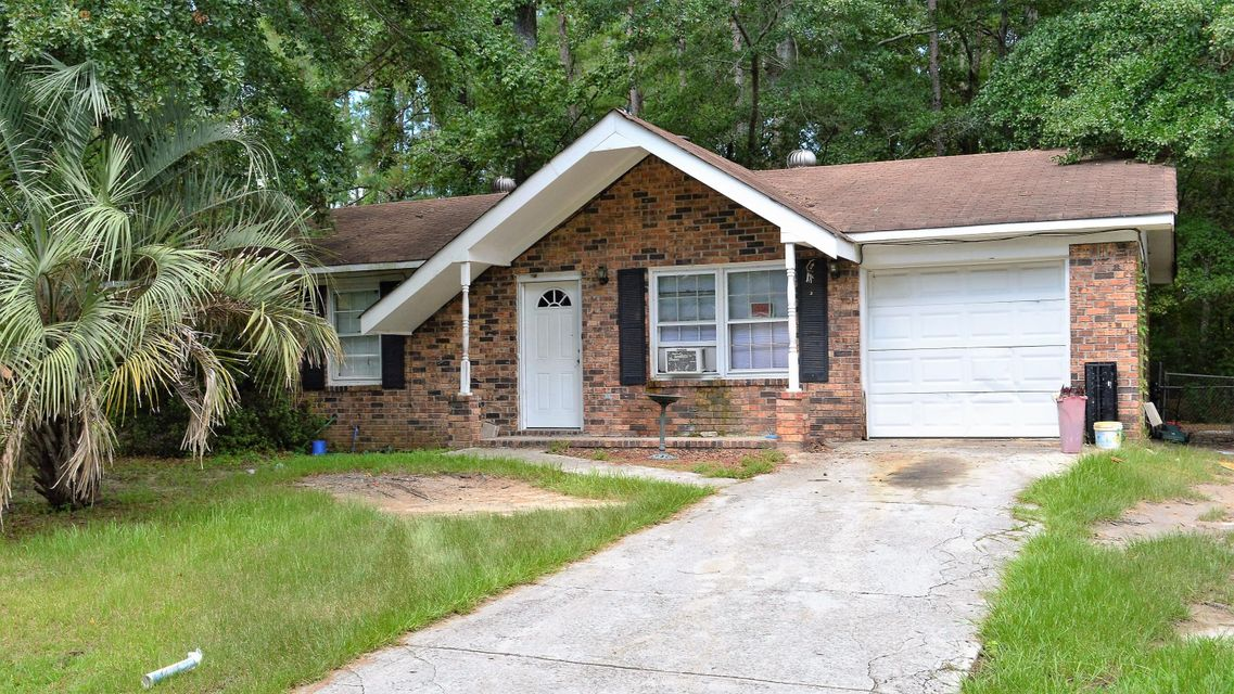 1110  Maryland Drive Ladson, SC 29456