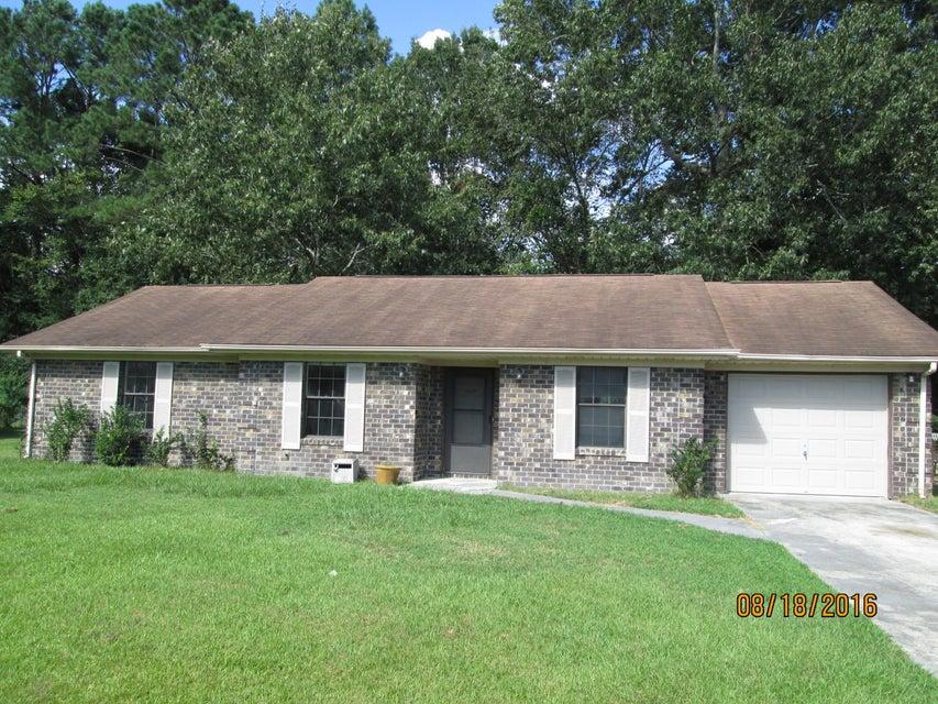 109  Pinewood Street Ladson, SC 29456