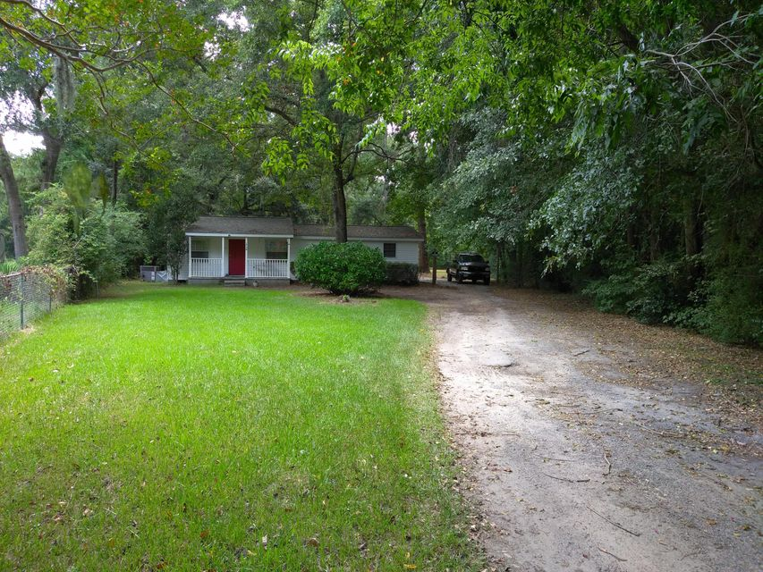 1738  Dogwood Road Charleston, SC 29414