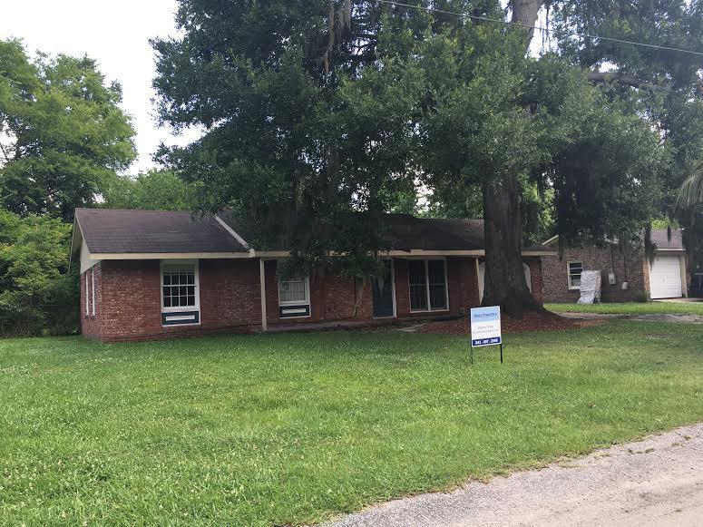 231  Sprucewood Drive Summerville, SC 29485
