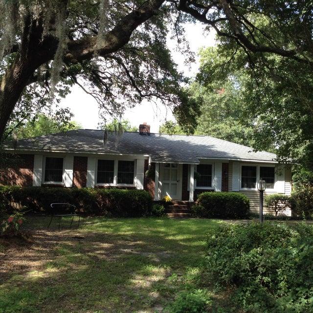 1322  Linden Circle Charleston, SC 29407