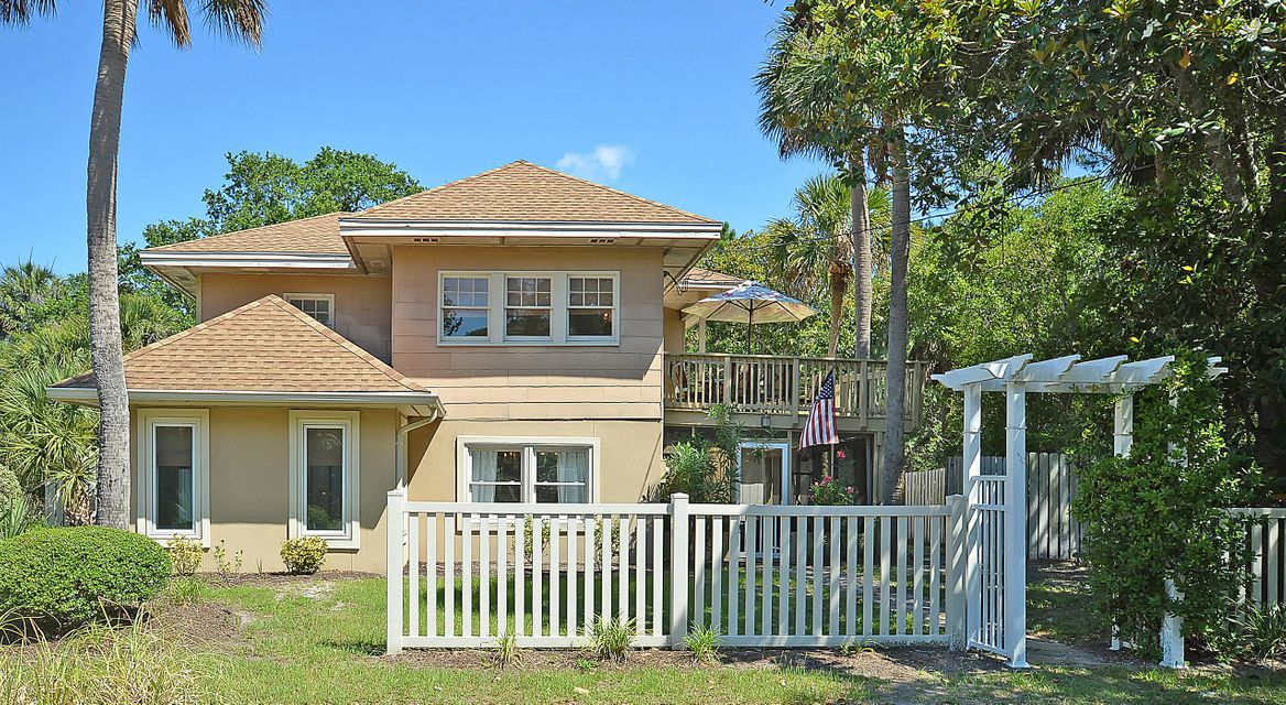 1010 E Cooper Avenue Folly Beach, SC 29439