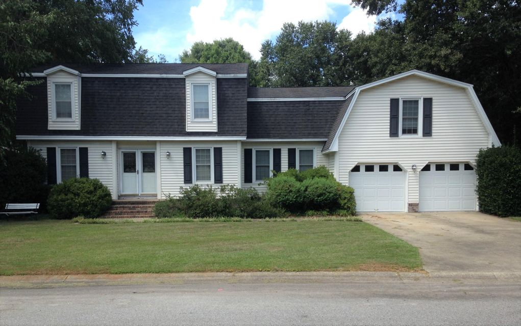 926  Trowman Lane Mount Pleasant, SC 29464