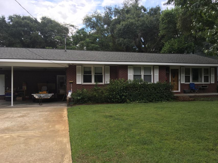633  Coral Street Mount Pleasant, SC 29464