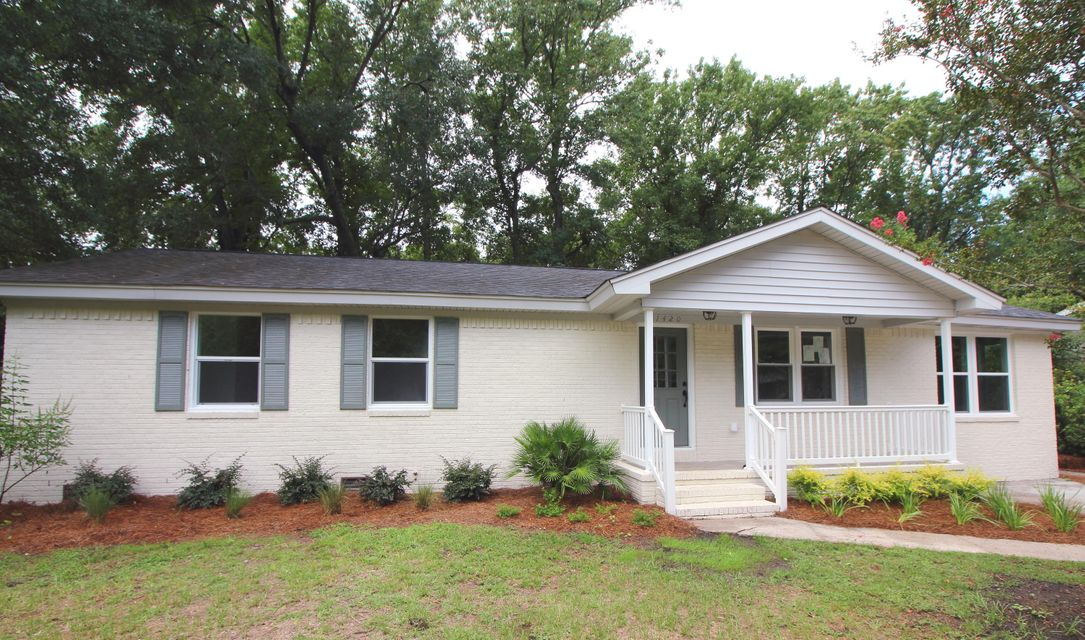 1420  Heather Drive Mount Pleasant, SC 29464