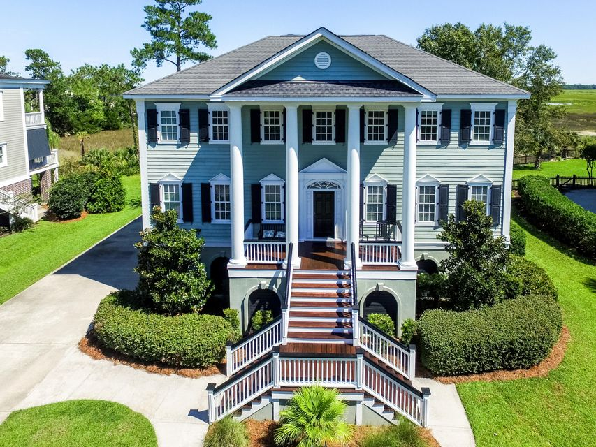 575  Island Walk East Mount Pleasant, SC 29464