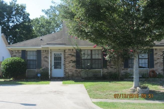 802  Winthrop Street Ladson, SC 29456