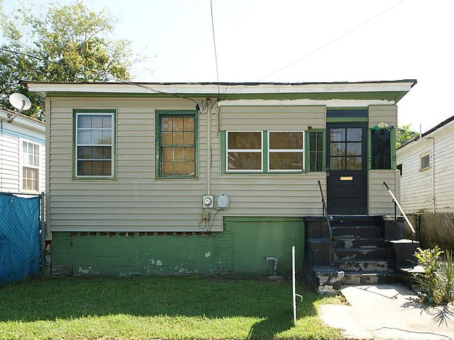 8 S Enston Avenue Charleston, SC 29403