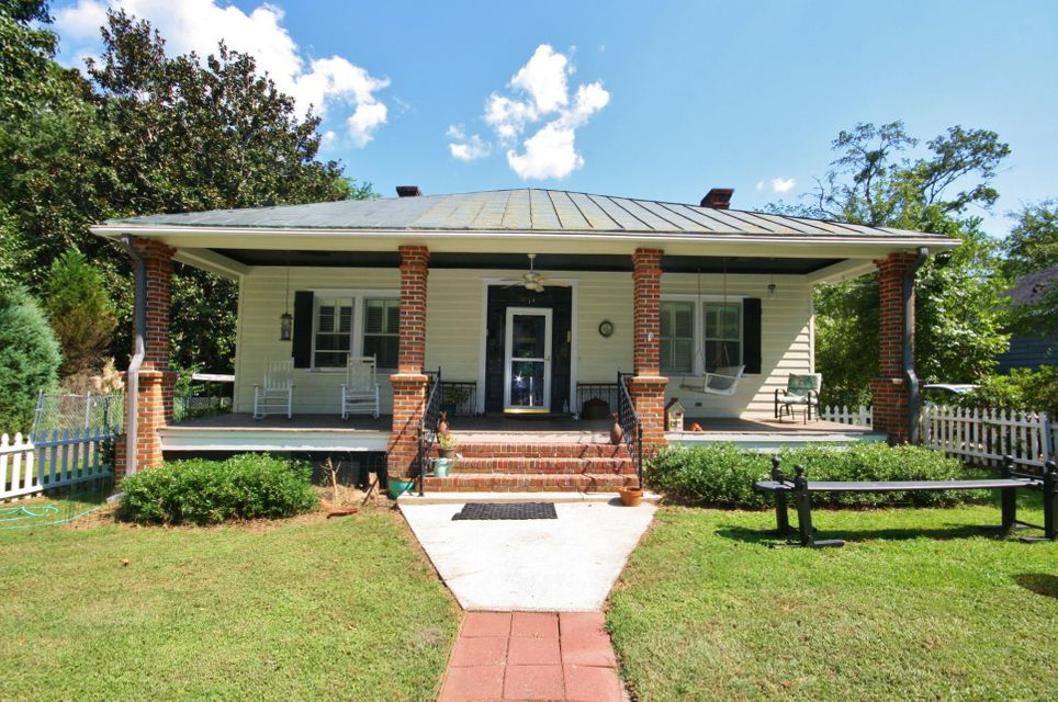 209 S Laurel Street Summerville, SC 29483