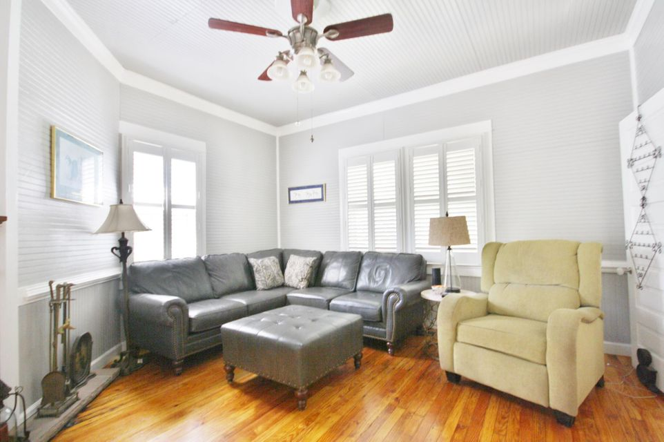 209 S Laurel Street Summerville, SC 29483