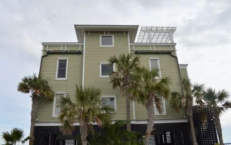1699 E Ashley Avenue Folly Beach, SC 29439