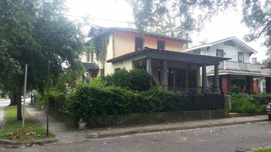 361  Ashley Avenue Charleston, SC 29403