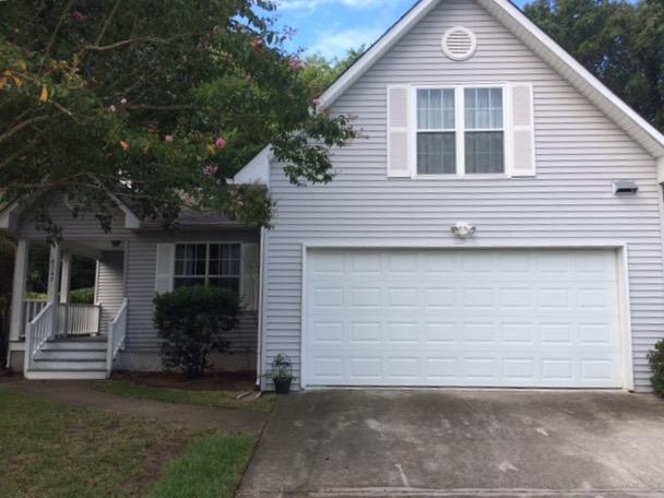 8547 Bentwood Drive North Charleston, SC 29406