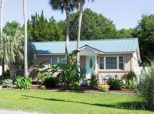 2704  Hartnett Boulevard Isle Of Palms, SC 29451