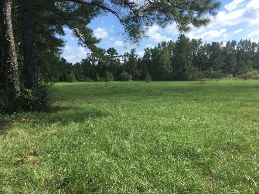 407 Jet Ridge Road Holly Hill, SC 29059