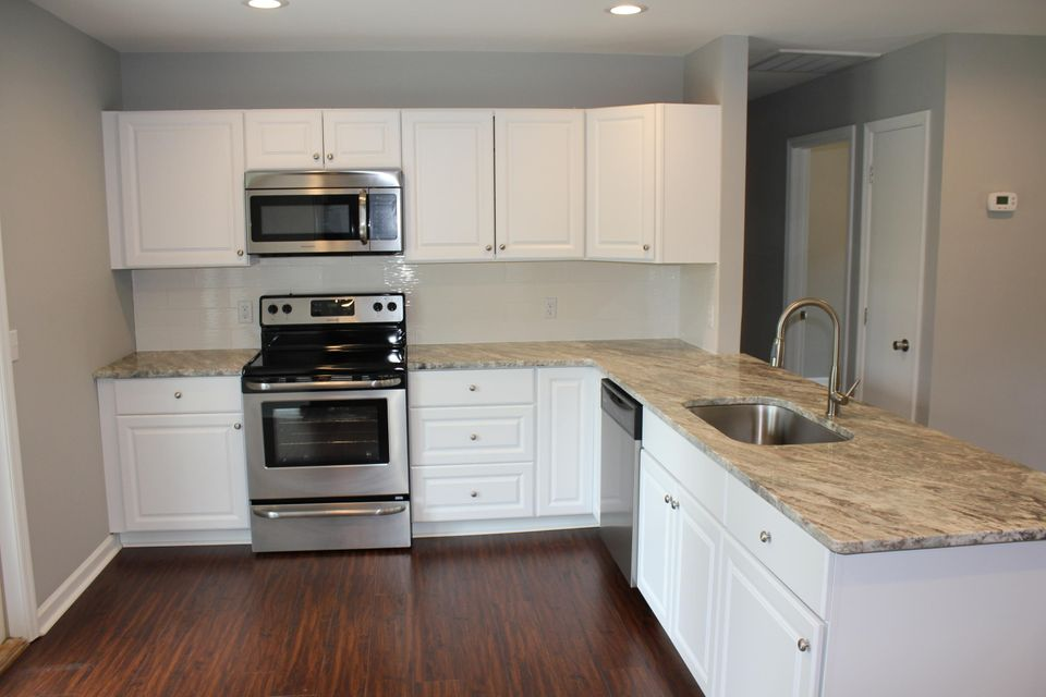 anderson kitchen cabinets boulder bluff in goose creek real estate goose creek 1250