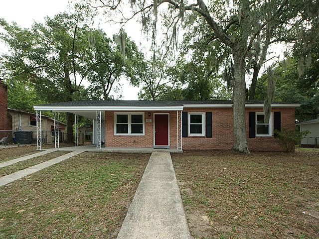 4123 Oakridge Drive North Charleston, SC 29418