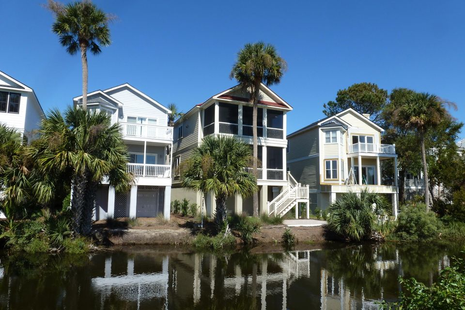 24  Yacht Harbor Court Isle Of Palms, SC 29451