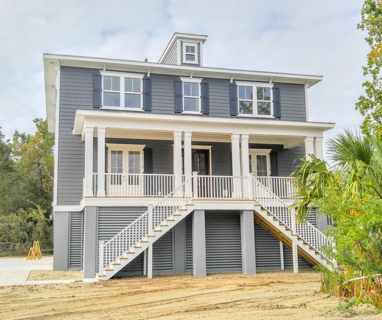 2717  Rush Haven Drive Mount Pleasant, SC 29466