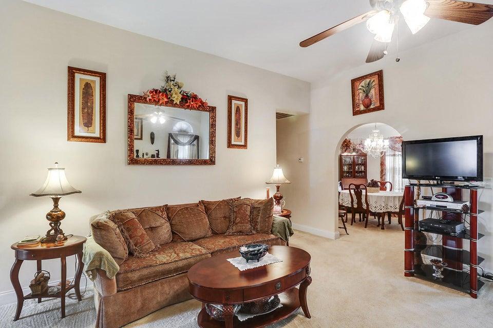 184  Willowbend Lane Summerville, SC 29485