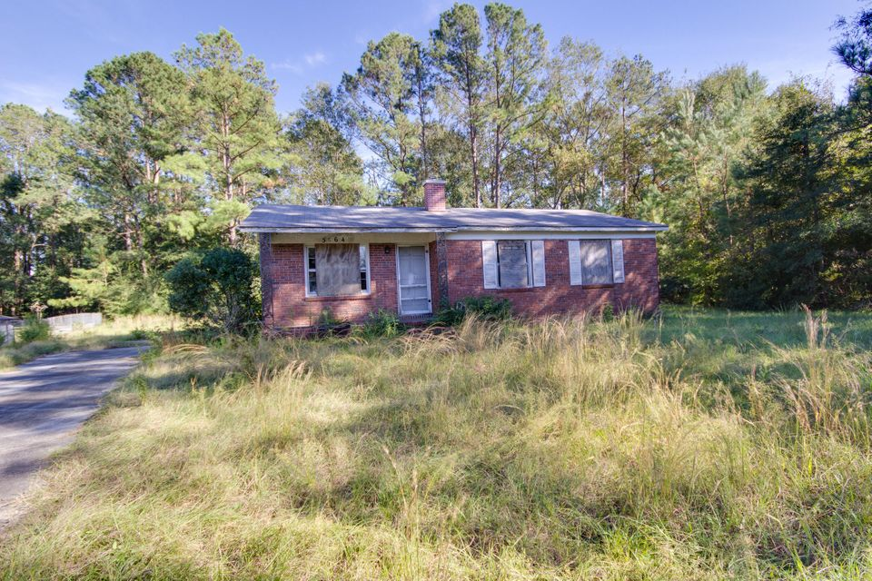 5064  Highway 174 Hollywood, SC 29449