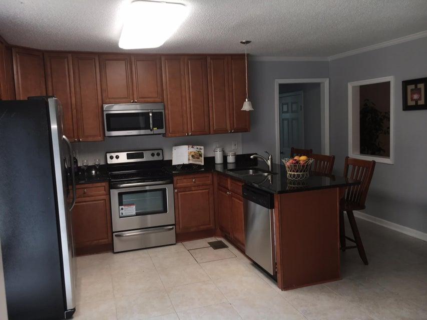 1520  Boston Grill Road Mount Pleasant, SC 29466