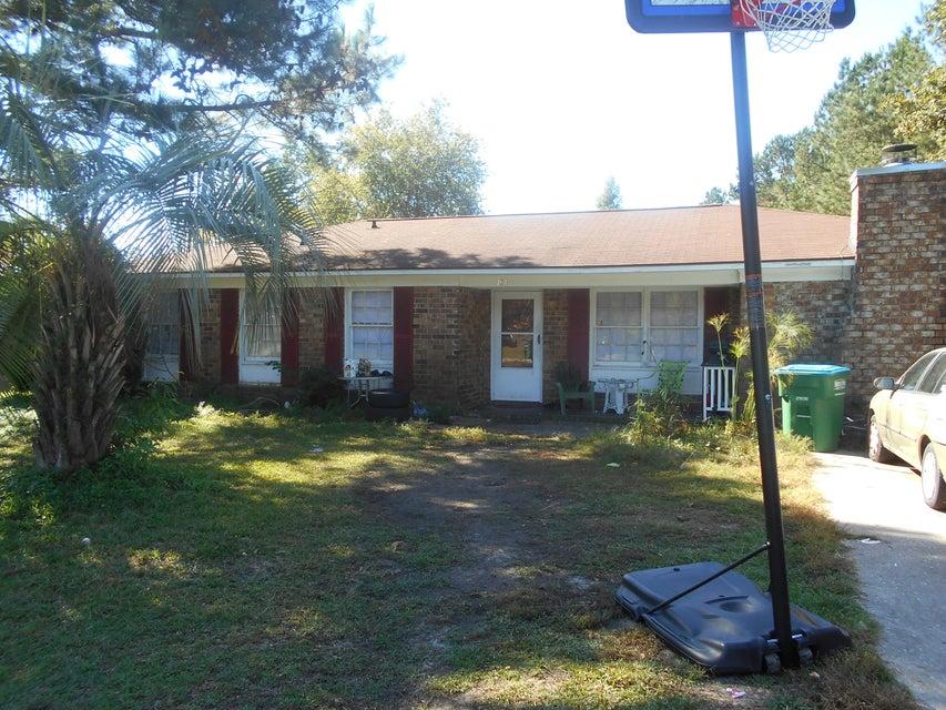 104  Clover Street Summerville, SC 29483