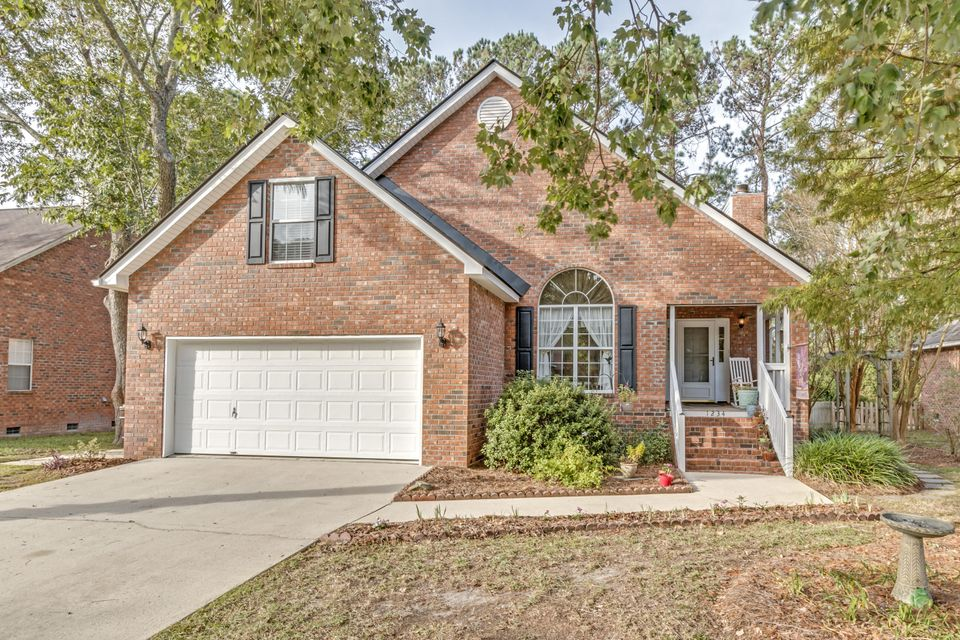 1234 Chatfield Street Mount Pleasant, SC 29464