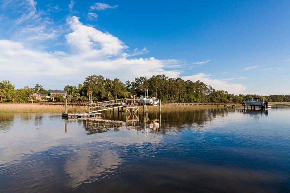 3012  Yachtsman Drive Mount Pleasant, SC 29466