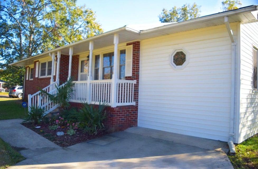 4201  Marilyn Drive North Charleston, SC 29418