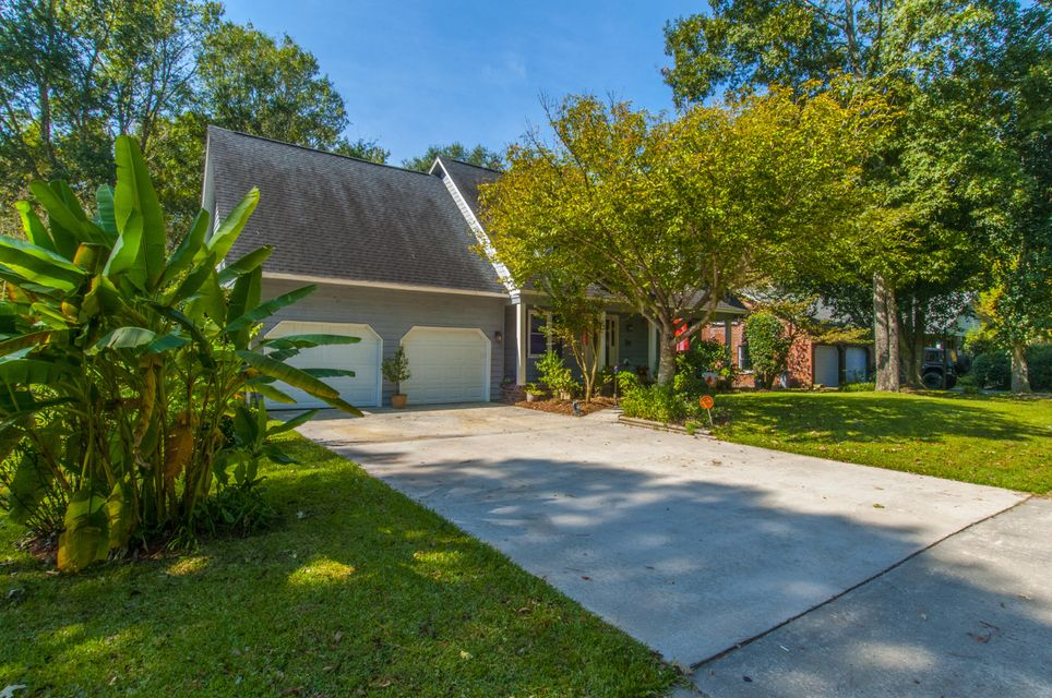 plantation acres single mature ladies Large mature live oak trees frame  this single-family home located at 223 rienzi dr,  was built in 1981 223 rienzi dr is in the plantation acres neighborhood.