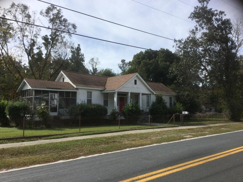 243 S Main Street Ridgeville, SC 29472