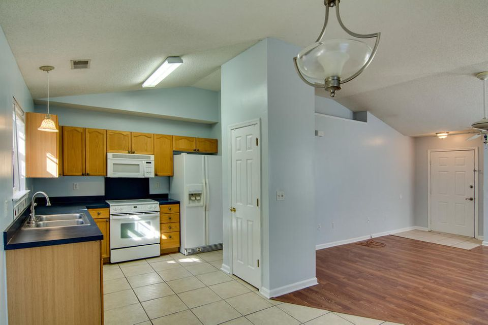 3055  Morningdale Drive Mount Pleasant, SC 29466