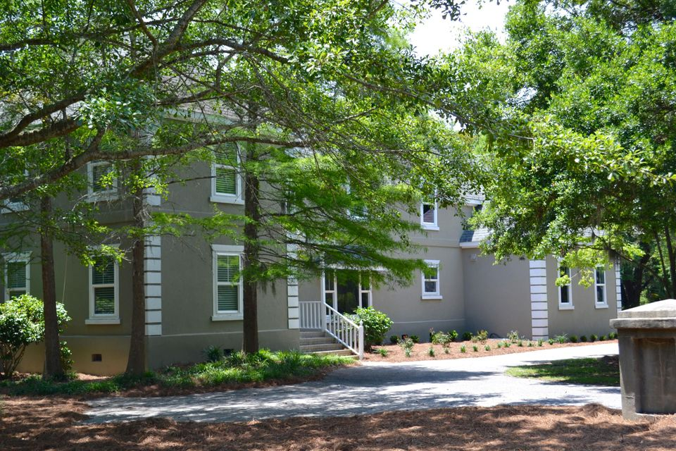 1573 Omni Boulevard Mount Pleasant, SC 29466