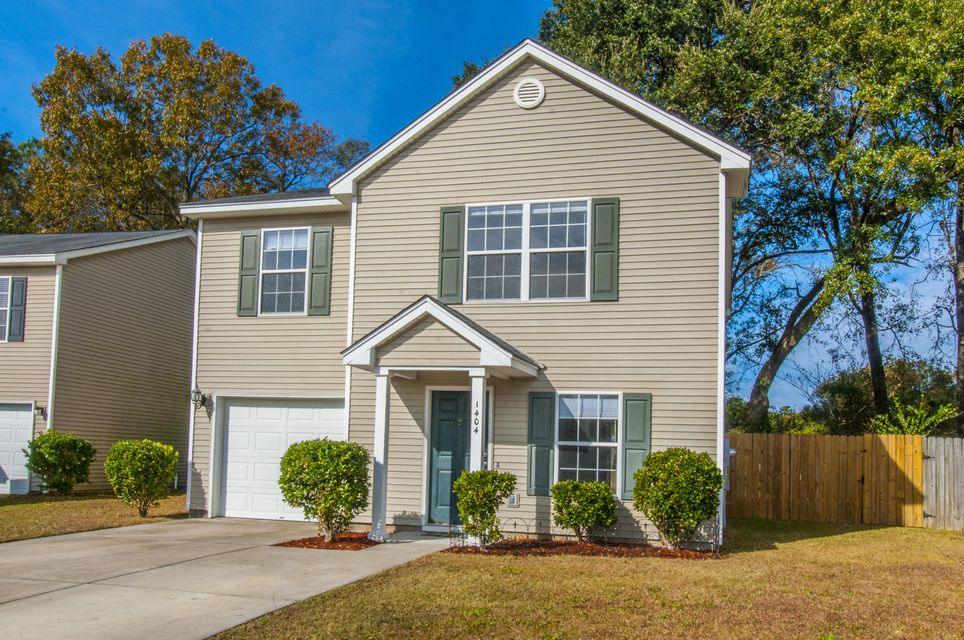 1404  Pinethicket Drive Summerville, SC 29486