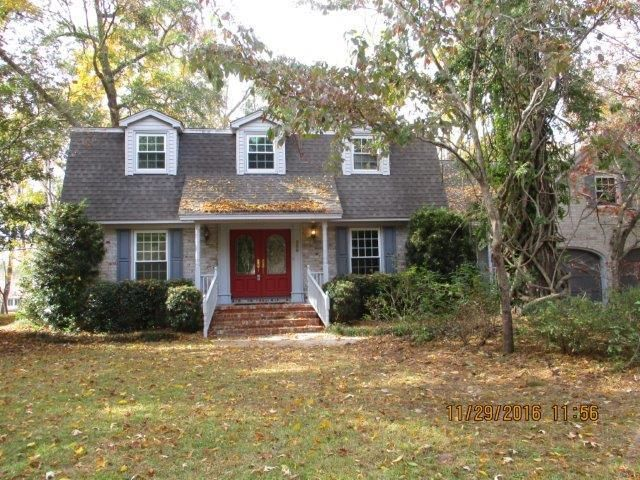 206  Lakeview Drive Summerville, SC 29485