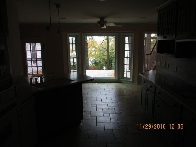 206 Lakeview Drive Summerville, SC 29485