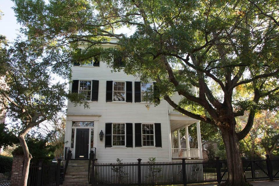 57 Laurens Street Charleston, SC 29401