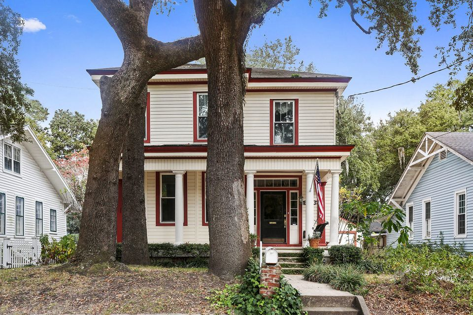 1010  Crawford Street North Charleston, SC 29405