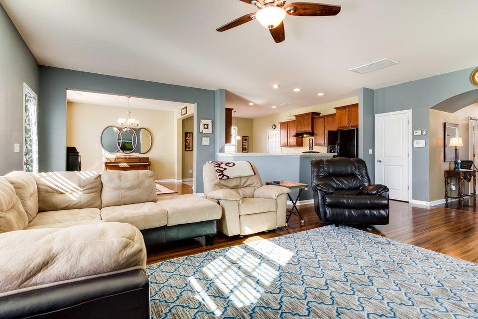 7659  Haywood Street North Charleston, SC 29418