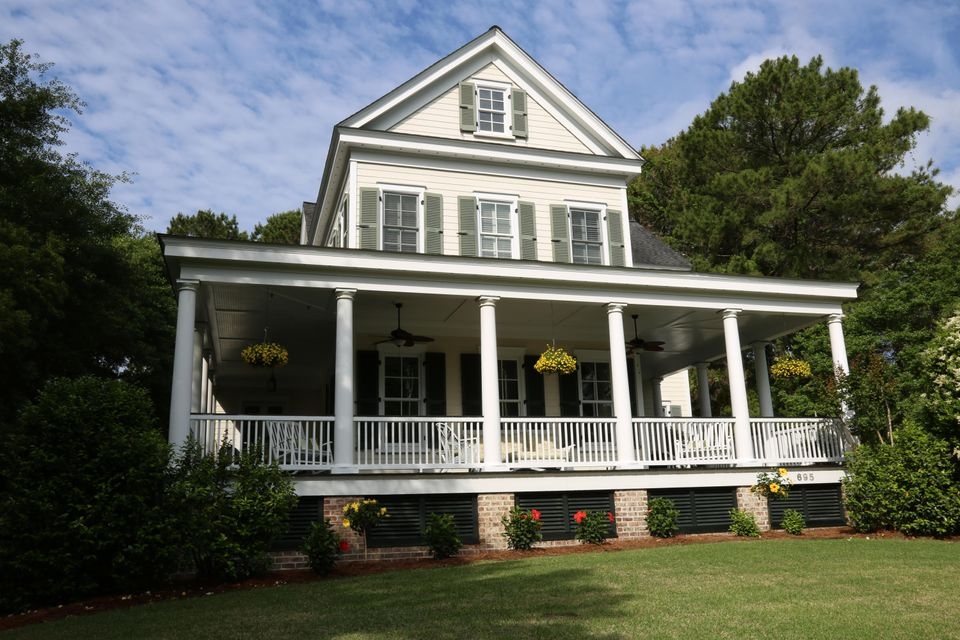 695 Olde Salt Run Mount Pleasant, SC 29464