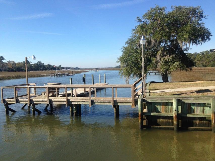 572  Fishermans Bend Mount Pleasant, SC 29464